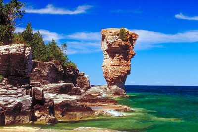 Flowerpot Island. Photo Credit: http://www.thecanadianencyclopedia.ca/